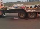 Cadáveres yacen sobre un camión, sábado 29 de agosto de 2015, cerca de Mbabane, capital de Suazilandia.