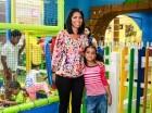 Sandra Guzmán y su hija Amaia Pérez Guzmán en la actividad celebrada en Sambil.