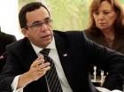 El canciller dominicano Andrés Navarro habla en la reunión del SICA.