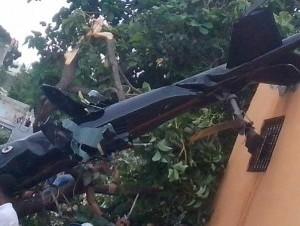 Helicóptero que cayó en barrio Maquiteria (imagen cortesía de @capiurtecho).