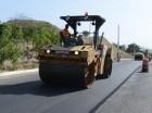 Asfaltado de la carretera Azua-Barahona por parte del MOPC.