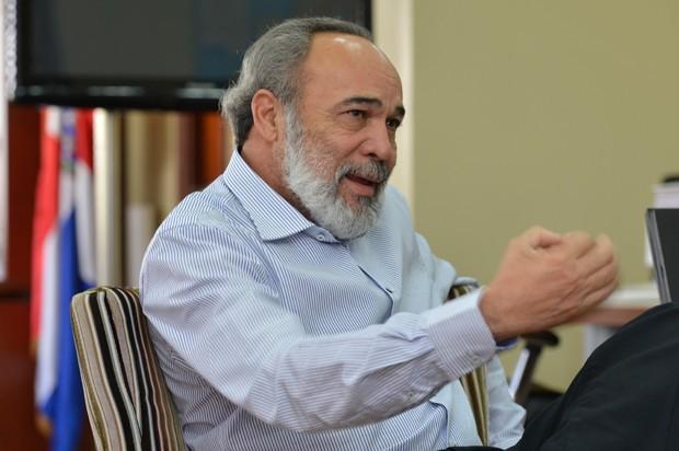 Francisco Pagán garantiza que se respetará la guía de norma y protocolo de construcción establecida por Salud Pública.