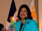 Cristina Lizardo habla en el acto.
