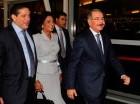 El presidente Danilo Medina saluda a su llegada a Nueva York.