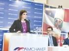 Elena Viyella de Paliza en la Cámara Americana de Comercio.