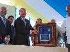 El presidente Danilo Medina encabezó el acto de entrega de viviendas.