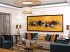 La sala es el lugar ideal para colocar el cuadro o la escultura, ya que se pueden apreciar mejor.