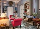 Cada habitación tiene un estilo único, aunque unido por el mismo concepto decorativo.