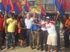 Juan Cohen junto a dirigentes del PNVC durante recorrido en Los Tres Brazos.
