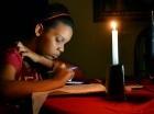 Los apagones continúan siendo parte del diario vivir de los dominicanos, que padecen largos cortes de electricidad.
