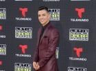 Luis Coronel a su llegada a la alfombra roja de Latin American Music Awards.