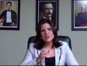 Margarita Cedeño de Fernández en una toma del video que colgó en Twitter.