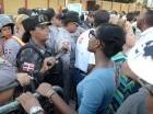 Más del 80% de los policías que frenaron activistas son mujeres.