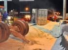 Volqueta cargada de arena.