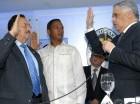 Miguel Vargas formaliza juramentación del diputado de Hato Mayor.