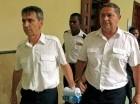 Los dos pilotos escaparon vía marítima supuestamente con la ayuda de un comando militar francés.