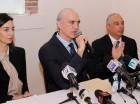 La familia Abinader Corona  ofreció una conferencia de prensa para denunciar inconvenientes en su empresa cementera.