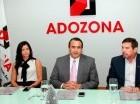 Claudia Pellerano, José Tomás Contreras y Eduardo Bogaert, de Adozona.