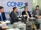 El presidente de la JCE, Roberto Rosario, fue recibido por miembros del Consejo Nacional de la Empresa Privada (Conep).