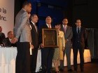 Danilo Medina al momento de ser reconocido por CODOPYME, en representación del sector mipymes.