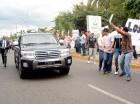 Grupos vociferaron y lanzaron consignas contra la corrupción, al paso del Presidente. CORTESÍA DE Hoy noticias.com