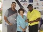 Doña Mary Pérez Marranzini junto a Cristian y Wilson Rodríguez.