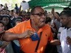 Unos tres mil migrantes cubanos están varados en fronteras centroamericanas.