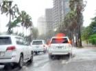 Ayer continuaron los aguaceros provocados por una vaguada que afecta al Gran Santo Domingo y otras trece provincias.