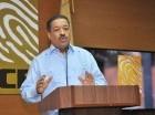 El presidente de la Junta Central Electoral (JCE), Roberto Rosario, asegura que confía en sus empleados para la correcta aplicación de la Ley 169-14.