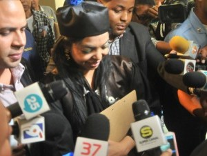 Yeni Berenice dice que es una red de sicarios vinculada al combustible subsidiado.