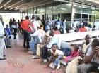 Haitianos en el registro del Plan de Regularización en edificio gubernamental El Huacal, que cerró con 288 mil 466 inscritos.