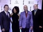 Los actores y humoristas Irving Alverti y Cheddy García fueron presentados anoche como conductores de los Premios Soberano 2016.