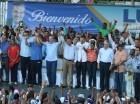 Luis Abinader realizó un recorrido para participar en los actos de proclamación de los principales candidatos congresionales y municipales de Samaná.