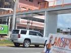 Puente peatonal se construye próximo al paso a desnivel de la 27 de Febrero.