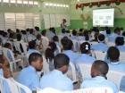 Personal de la OTTT imparte charla en la escuela de Maquiteria, Santo Domingo Este.