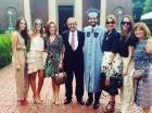 Hatuey en la graduación de su hijo Alvaro en Estados Unidos.