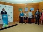 Ramírez Paniagua en la rueda de prensa ofrecida junto a representantes de la OEA.
