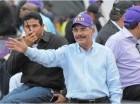 Danilo Medina encabeza caravana.