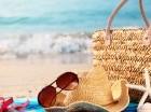 A la hora de tomar un baño de sol procura usar protector solar para evitar quemaduras en la piel.