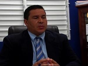 Robert Justo.