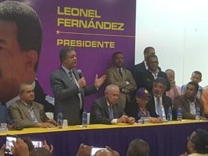 La información de la integración de Leonel Fernández la ofreció Franklin Almeyda en cuenta de twitter.