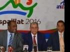 Nelson Jorge Acevedo (izq.), Carlos Amarante Baret y José Rafael Vargas, senador de la provincia Espaillat, durante el encuentro con la prensa.