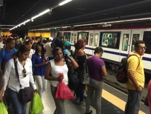 La Opret notificó al Gobierno que al Metro de Santo Domingo le faltan vagones para el transporte de los pasajeros. Ahora solamente cuenta con 102.