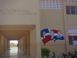 Liceo Juan Francisco Alfonseca, en Cotuí.