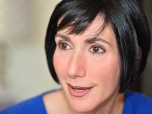 La esposa de Luis Abinader dice que el candidato presidencial está preparado para gobernar.
