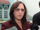 Directora del Conape, Nataly Hernández, habla con la prensa.