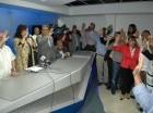 Peggy Cabral tomó el juramento a los renunciantes.