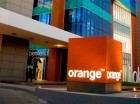 Fachada Orange Dominicana.