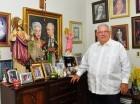 José Enrique Sued busca conquistar votantes para volver al cabildo.