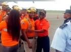 Rescatistas criollos fuerpm felicitados por su labor en Ecuador.